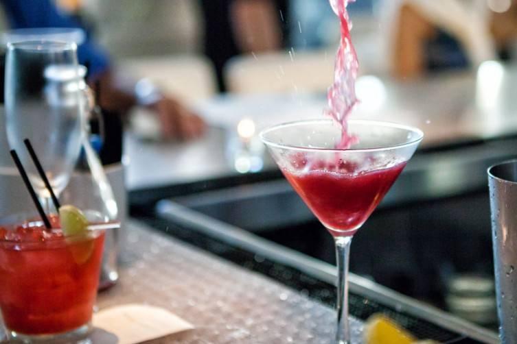 Apeiro bar