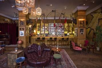 Fogg's Bar