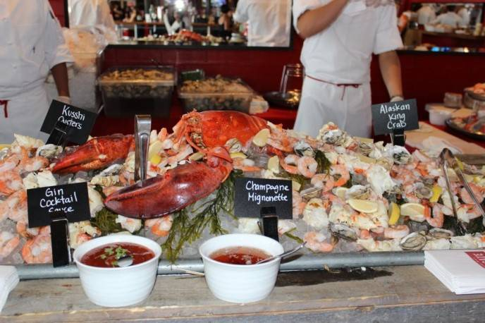 Raw bar at Michael Mina Tailgate at Bourbon Steak & Pub