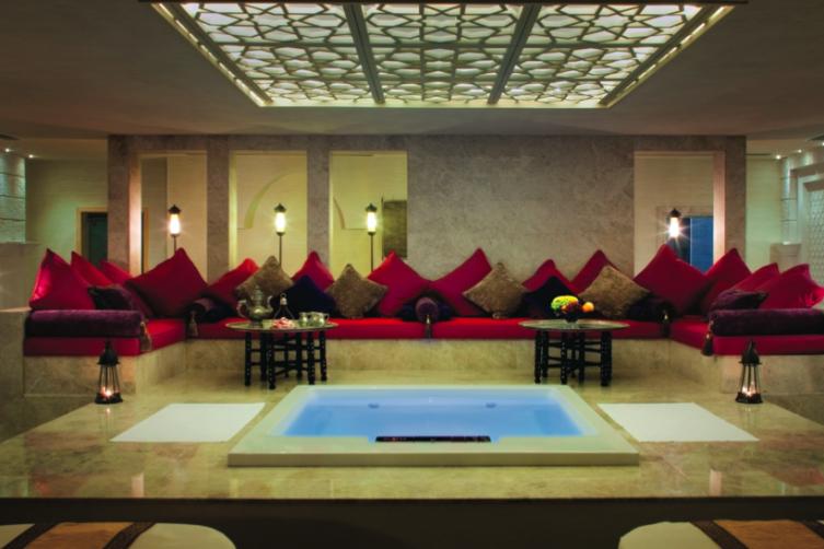 TALISE OTTOMAN SPA PHOTO: JUMEIRAH, VAULT PHOTO: DUBAI TOURISM