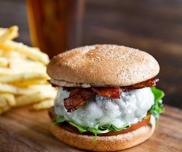 Tanzy_Tanzy Burger_Horizontal