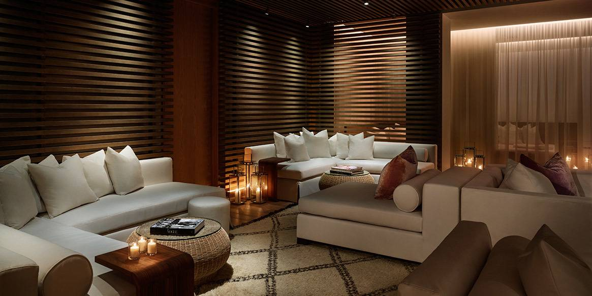 The-Miami-Beach-EDITION-Spa-Lounge-1165x583