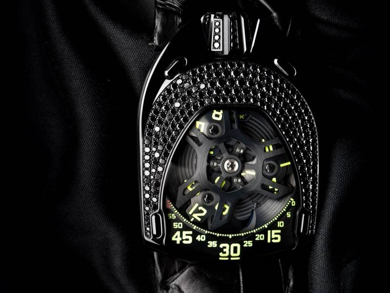 Urwerk-UR-106-Lotus-Ladies-Black-Watch-2015-Soldier