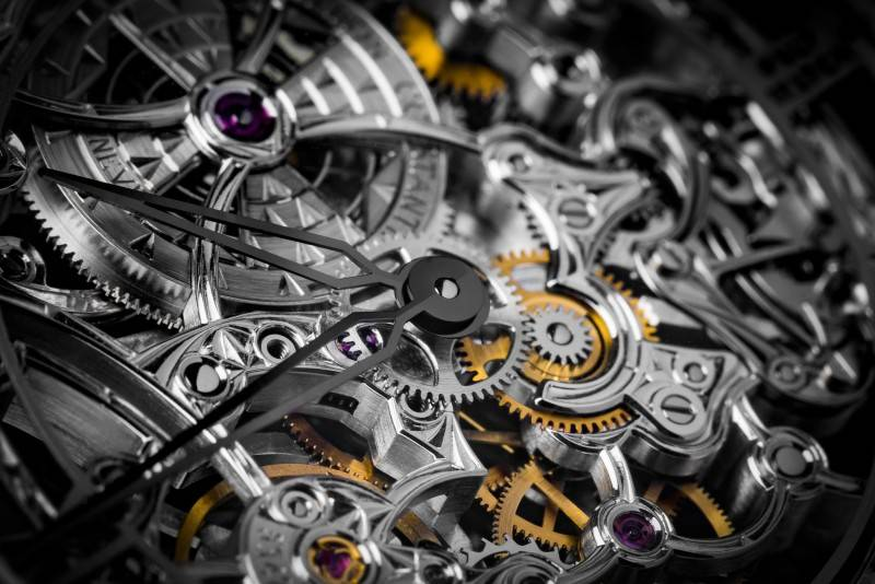 Vacheron-Constantin-Me--tier-dArt-Me--caniques-Ajoure--es-For-Only-Watch-2015-Close-Up