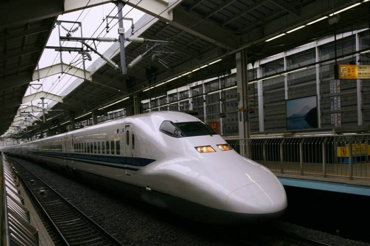 The new, Dallas to Houston high speed rail will be similar to Shinkansen, the high speed train between Kyoto and Tokyo.
