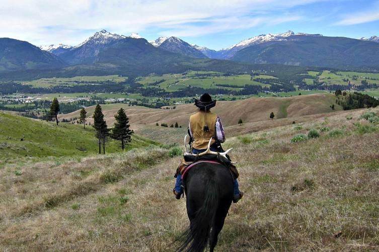 horseback triple creek ranch