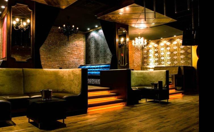 Le Vu has a Gothic Victorian meets Vegas vibe. Voted in the top 100 dance clubs in the US two years in a row.