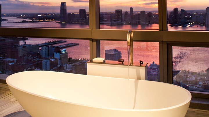 soho-bathroom-sunset