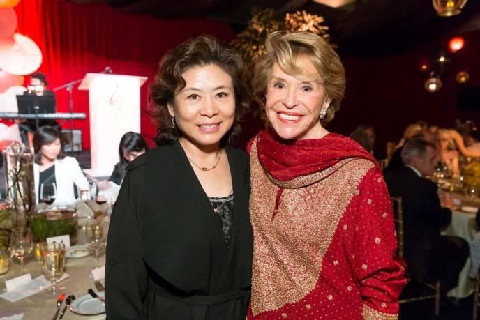 Xiulan Zhou, Joan Weill