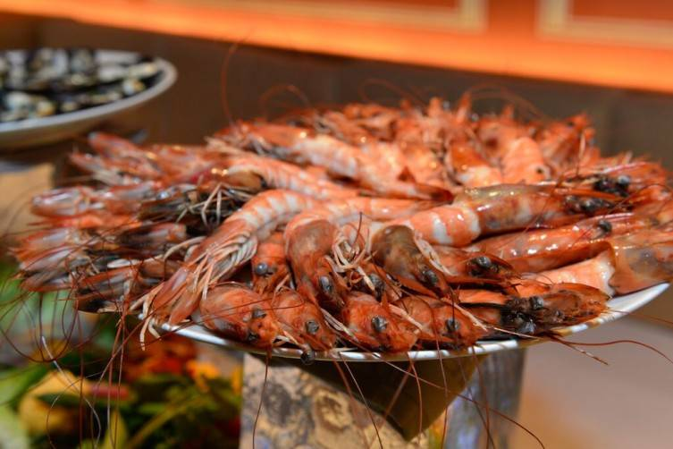 Grand aioli with shrimp