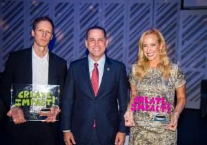 Mayor Philip Levine with the evening's honorees