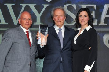 Taya Kyle presents Clint Eastwood with the Patriot Award_lr.