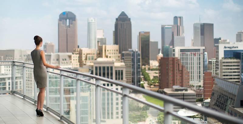 Bleu Ciel Dallas Living Above It All