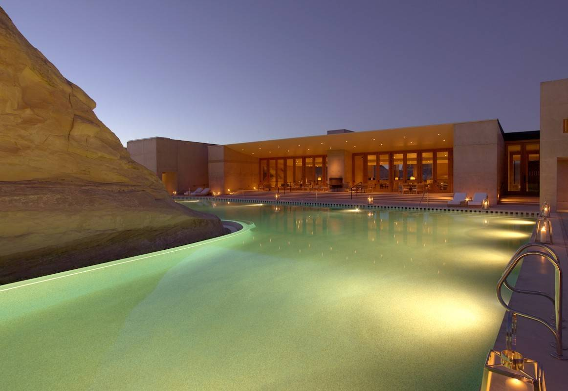 Travel Guru Geoffrey Kent Shares His Top 8 Luxury Hotel Picks