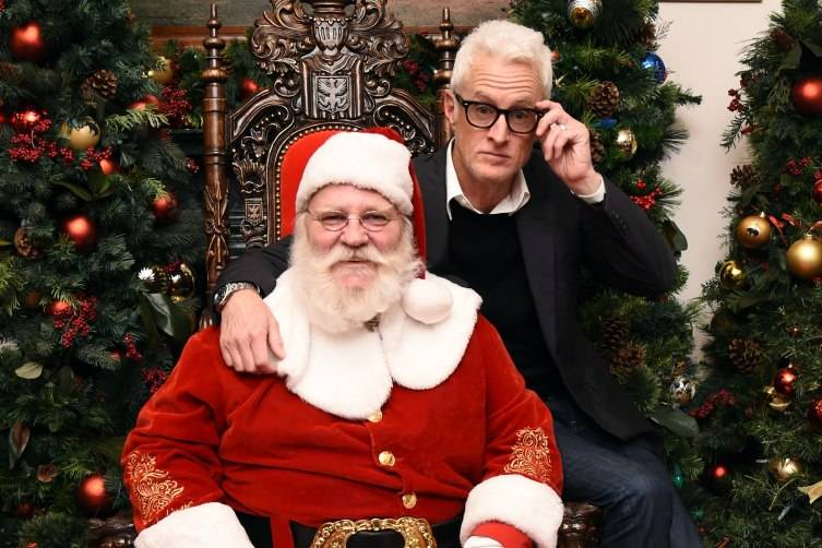 NEW YORK, NY - DECEMBER 16: John Slattery poses with Santa at Brooks Brothers holiday celebration with St. Jude Children's Research Hospital Brooks Brothers Madison Avenue Flagship on December 16, 2015 in New York City. (Photo by Ilya S. Savenok/Getty Images for Brooks Brothers)