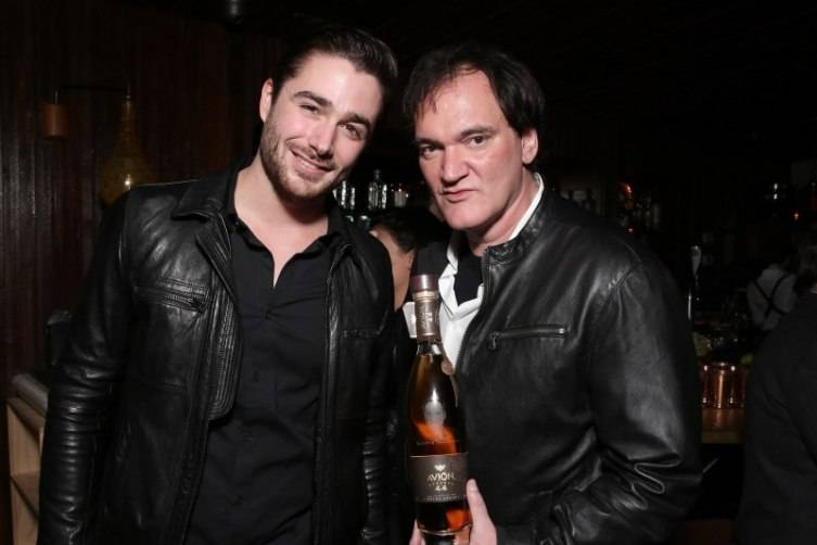Quentin Tarantino Celebrates The Hateful Eight 4
