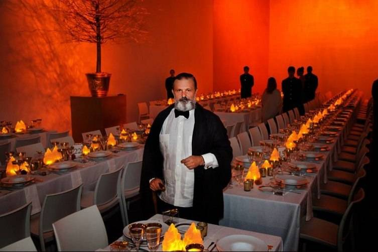 ALEJANDRO MUGUERZA AT THE BASS MUSEUM OF ART 50TH ANNIVERSARY GALA
