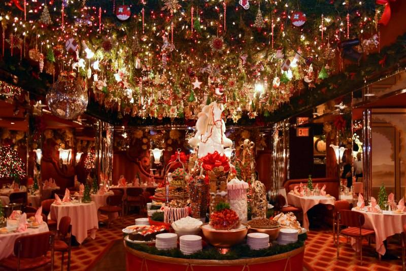 Christmas Decor Restaurant Nyc : Spots with the most over top holiday décor in nyc