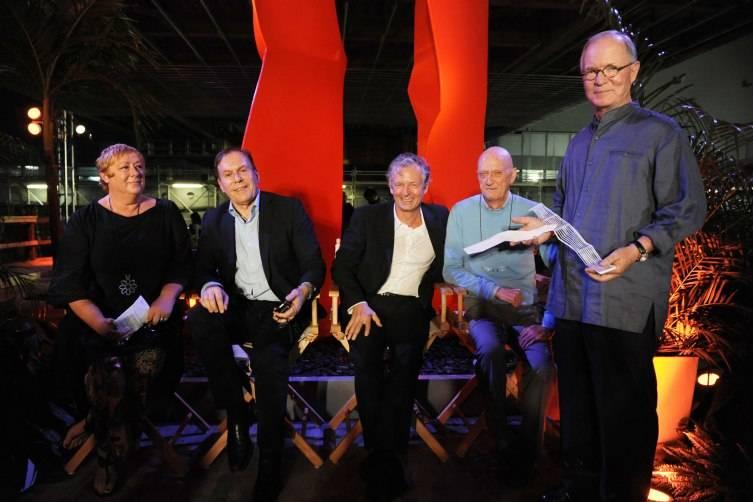 Alison Pickett, Bernardo Fort-Brescia, Hugh Dutton, Allen Jones, & Stephen Owens CREDIT WORLD RED EYE