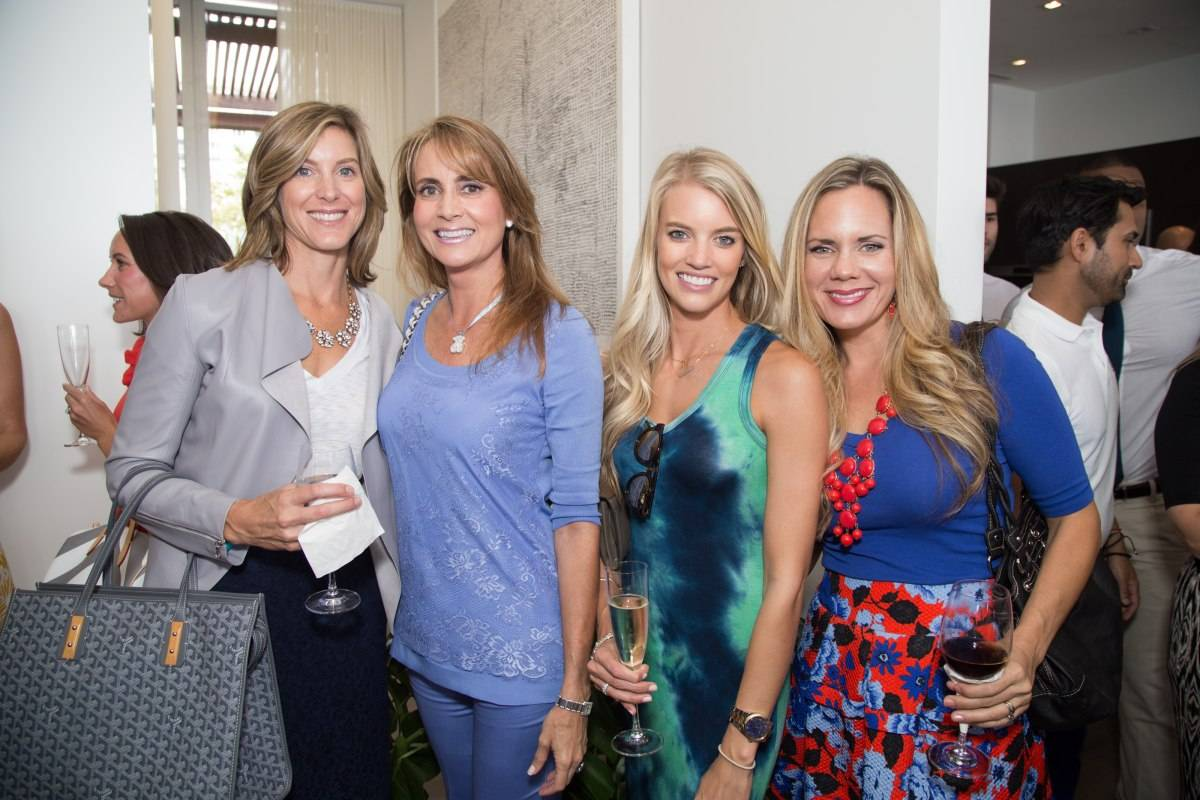 miami dolphins wives lunchon with darlene perez at auberge