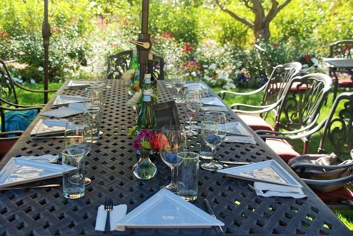 Bennett Lane Winery garden