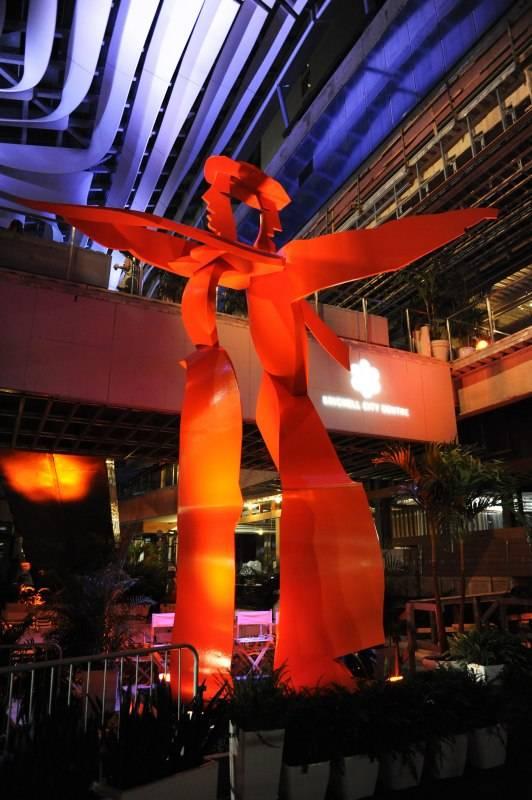 'Dancers' by Allen Jones Below the CLIMATE RIBBON - CREDIT WORLD RED EYE