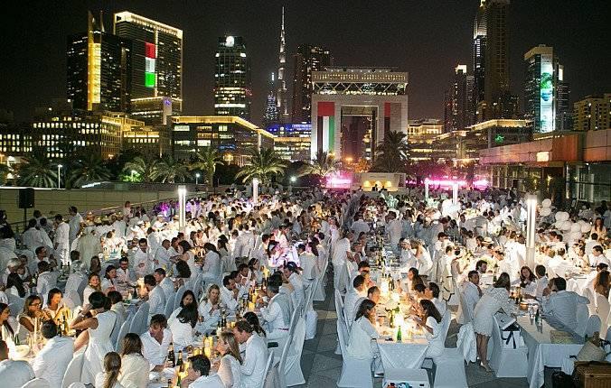 Diner En Blanc Dubai 2015