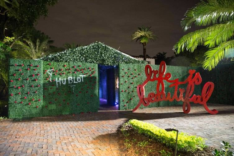 Brainwash installation at Dwyane Wade's Miami Beach home Photo by Bobby Metelus/Getty Images)