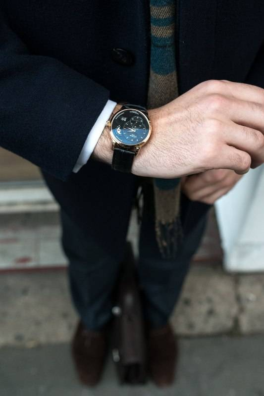 Glashutte-Original-PanoMaticLunar-watch-in-rose-gold-2015-wrist