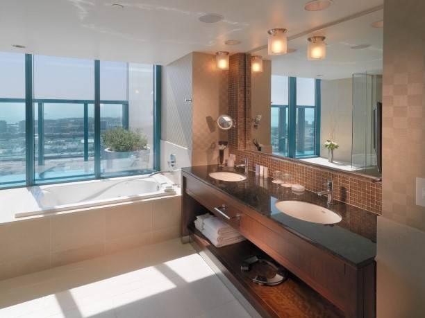 Terrace Suite Bath