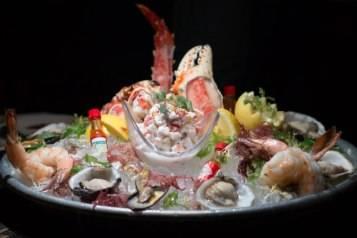 Shellfish Platter at Bourbon Steak San Francisco-PhotoCredit Kevin McCullough