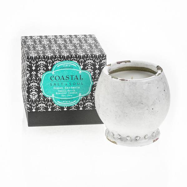 Small-Batch-Scented-Candle-Ocean-Gardenia2-600x600