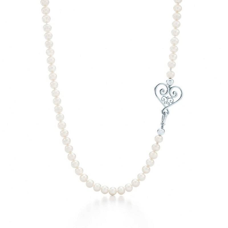 palomas-veneziagoldoni-heart-pearl-necklace-33874391_941210_ED