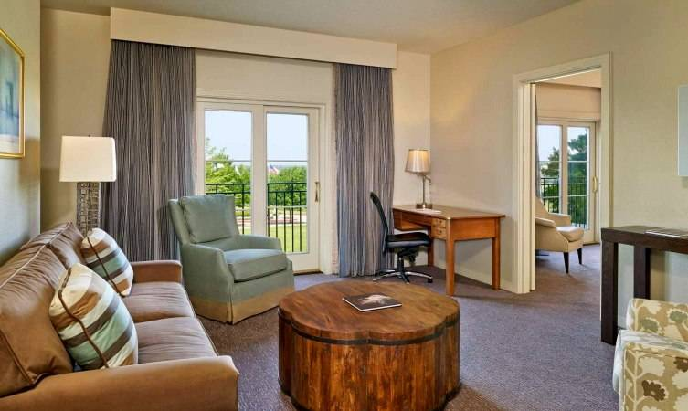 Suites and rooms are Texas sized with expansive views of the grounds.