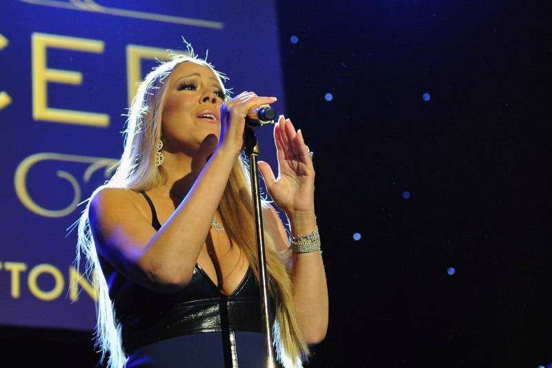 Mariah Carey performs onstage during the Sixth Biennial UNICEF Ball