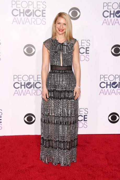 Claire Danes attends the People's Choice Awards 2016 at Microsoft Theater on January 6