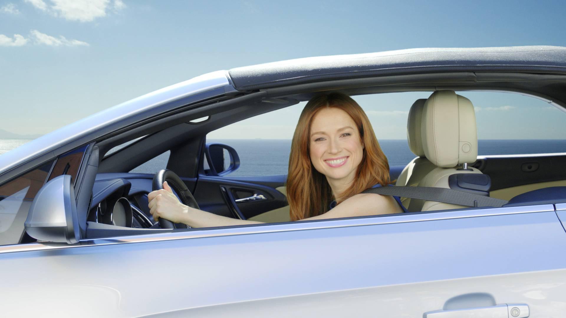 Ellie Kemper X Buick Cascada Push The On