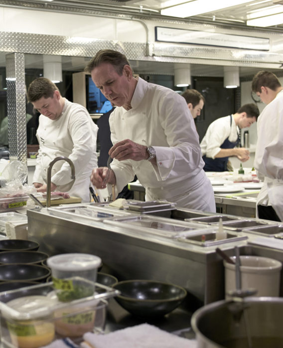 kitchen confidential with the french laundry s thomas keller