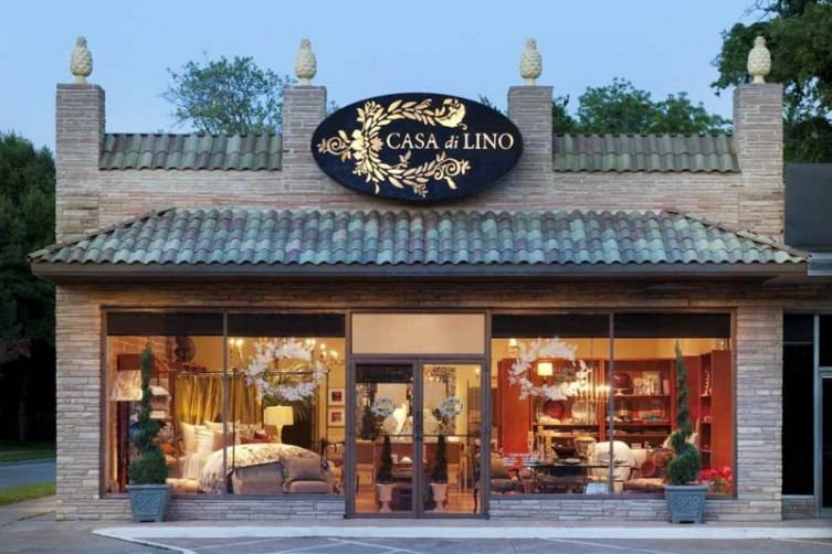 Filled with haute couture for the home, Casa di Lino is warm and welcoming.