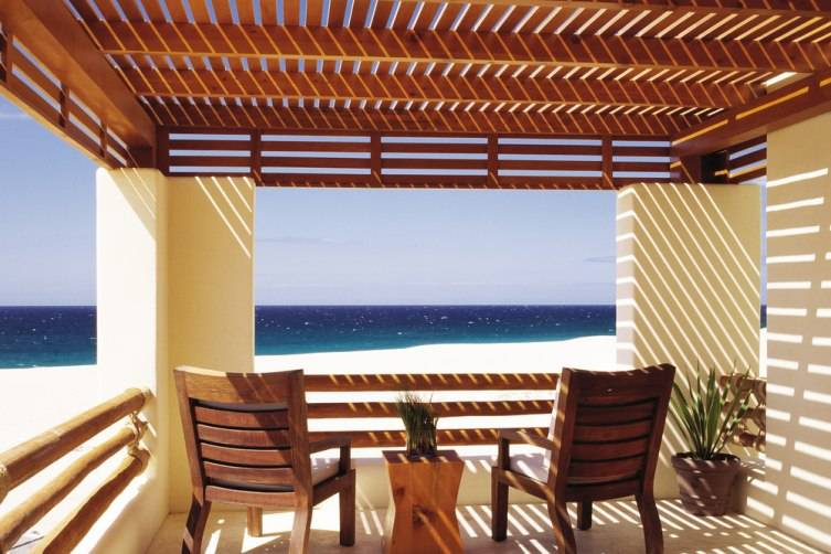 pacifica_suite_balcony