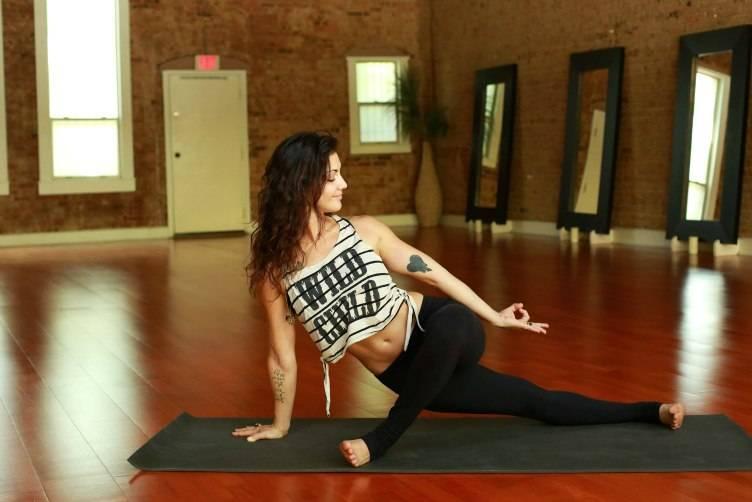 3 Uptown Yoga