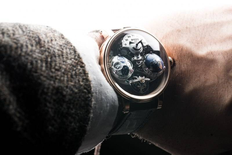 Bovet-Re--cital-18-The-Shooting-Star-Watch-2016-Wrist
