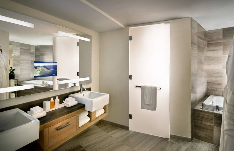 Conrad Suite 2
