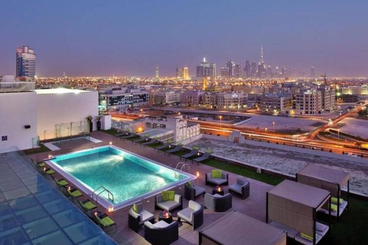 5 the most stunning pools in dubai for Hotels with private pool in dubai