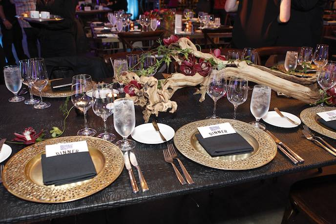Place settings.driftwoodcenterpiece 1