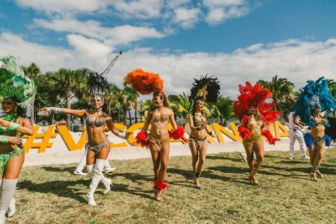 VC Carnaval Samba Dancers
