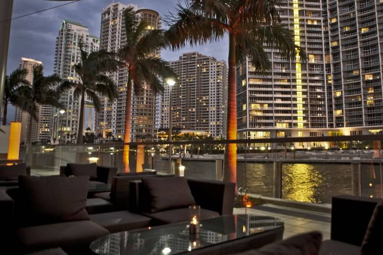 Zuma-Miami-Terrace-Photo-Credit-James-Shearer