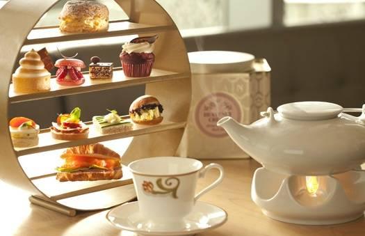 Chinese tea at the Ritz-Carlton.