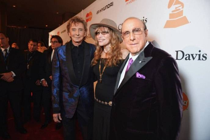 Barry Manilow, Carly Simon and Clive Davis attend Clive Davis' annual Grammy party