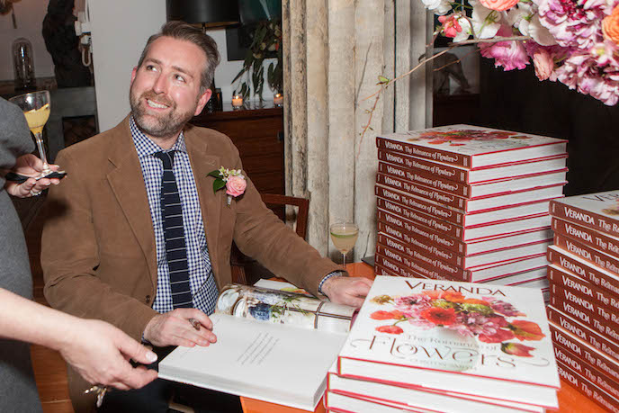 Veranda the Romance of Flower Book Signing